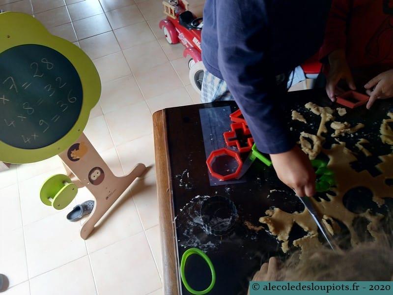 Atelier pâtisserie en révisant les tables de multiplication