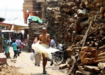 Around Manikarnika Ghat