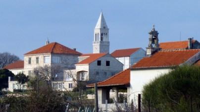 Lumbarda church and chapel Glavica