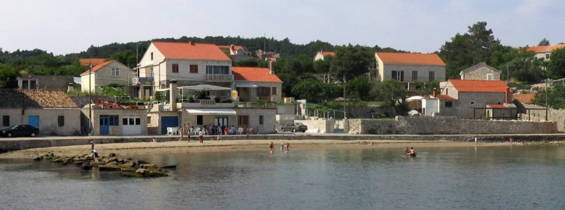 Tatinja beach Lumbarda