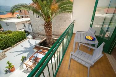 First floor with sea balcony in Lumbarda