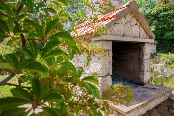 Barbecue on the terrace in Lumbarda
