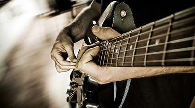 En PRENDE Nights: Otra cosa es con guitarra(s)