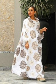 large_friday-fashion-fis-how-to-style-kaftan-with-clothes-in-ramadan-fustany-ar-21~1