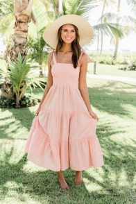 large_friday_fashion_fits_how_to_wear_and_style_flowy_dresses_fustany_image_24__1_~1