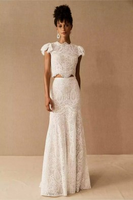 large_Fustany-9-Bridal-Engagement-Looks-That-Are-Not-Dresses-17~1