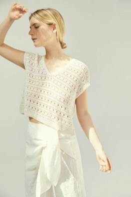 large_fustany-fashion-style-ideas-how-to-wear-crochet-outfit-ideas-13~1