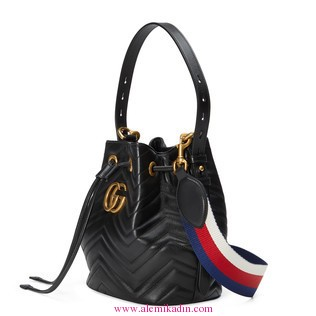 GucciGG-Marmont-quilted-leather-bucket-bag-1