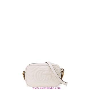 Gucci_CantaLight-GG-Marmont-matelass-mini-bag-1