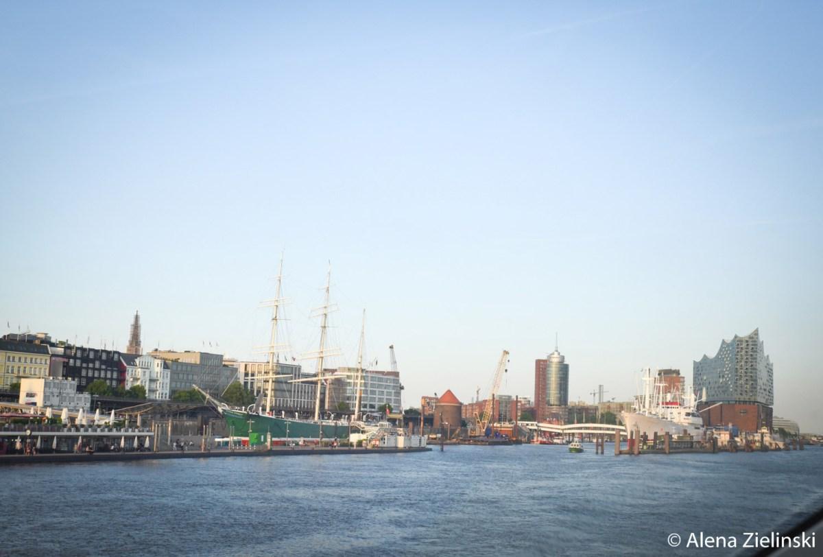 Ankommen im Hafen Hamburg