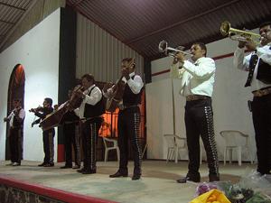 Tradición en México: La Música popular. Por: Issa Martínez (5/6)