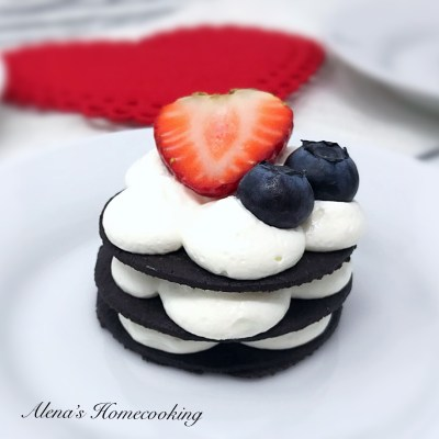 Easy No-Bake Mini Cakes