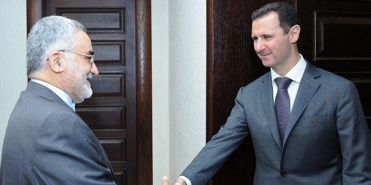 Assad rencontre l'Iranien Aladin Boruderji, émissaire de Téhéran,  le 26 août 2013