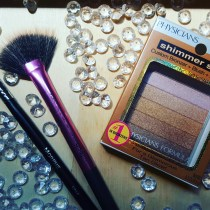 YouTube made me buy it: Physicians Formula Shimmer Strips