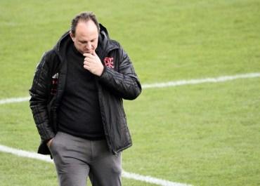 Flamengo anuncia na madrugada a demissão de Rogério Ceni
