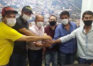Deputado Coronel Chrisóstomo se reúne com lideranças de Buritis para definir aplicação de emendas para atender o município
