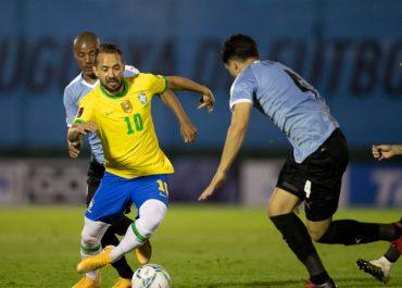 BOLA NA REDE HOJE- Seleção enfrenta Uruguai buscando virtual classificação para Copa