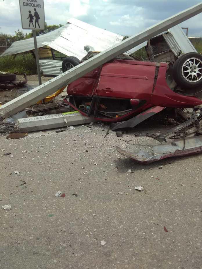 Siete muertos, entre ellos dos policías al ser arrollado por un trailer en La Pochota WhatsApp Image 2018 06 20 at 17.38.44