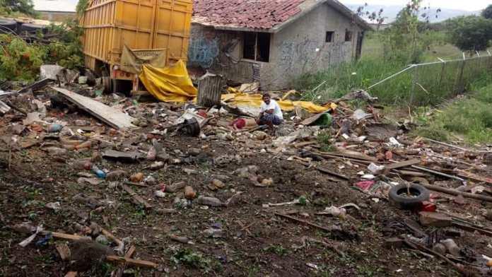 Siete muertos, entre ellos dos policías al ser arrollado por un trailer en La Pochota WhatsApp Image 2018 06 20 at 17.38.461