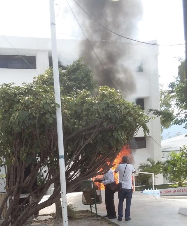 Protestas de maestros interinos y la Mactumactzá a6856edc f9b1 4b8a b630 9e49a30529c3 2