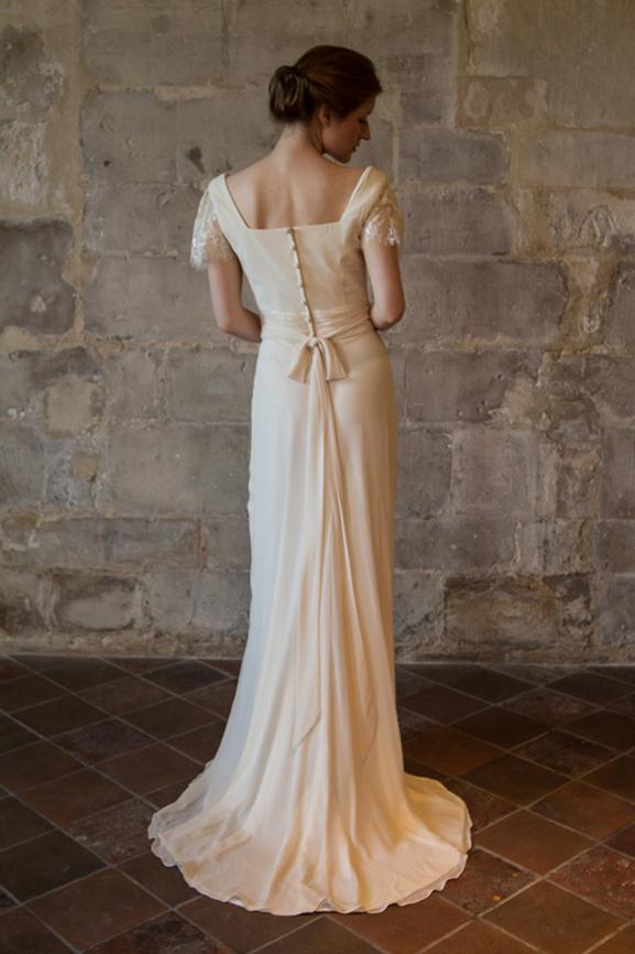 Robe de mariée Paris - ALESANDRA PARIS | Créatrice sur mesure pas cher