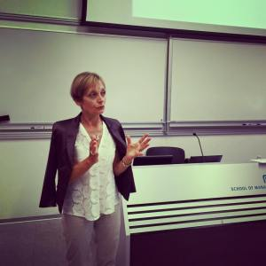 Ms Anna Favini Robertson