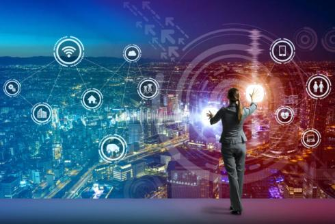 user-interface-futuristic-smart-city-digital-transformation-thinkstock