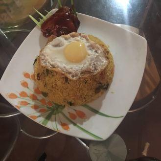 Fried rice con uovo e pollo glassato - Sri Lanka