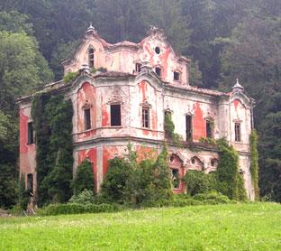 I fantasmi della Casa Rossa  Plutonia Publications