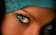 1072702__woman-araba_p