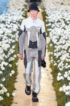 sfilata-off-white-collezione-uomo-primavera-estate-2020-parigi-isi-2554-maxw-800