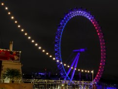 the-london-eye-was-also-lit-for-france