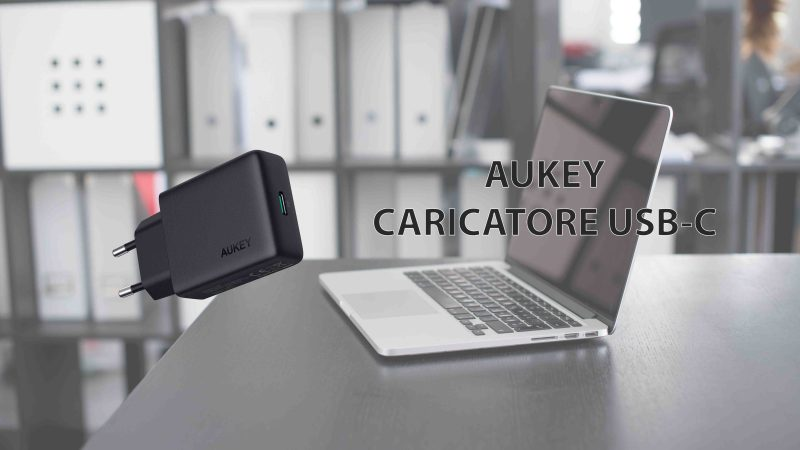 AUKEY Caricatore USB-C con Power Delivery da 18W.