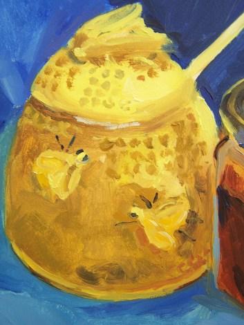 honey-jar-detail-of-pot-with-bee-design
