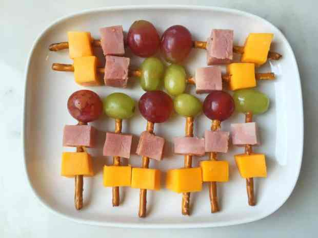 ham and cheese pretzel kabobs for a healthful school lunch