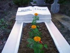 DAB devrimci Aleviler birligi Alevi bektasi kizilbas pir sultan cem cemevi ibo mezar