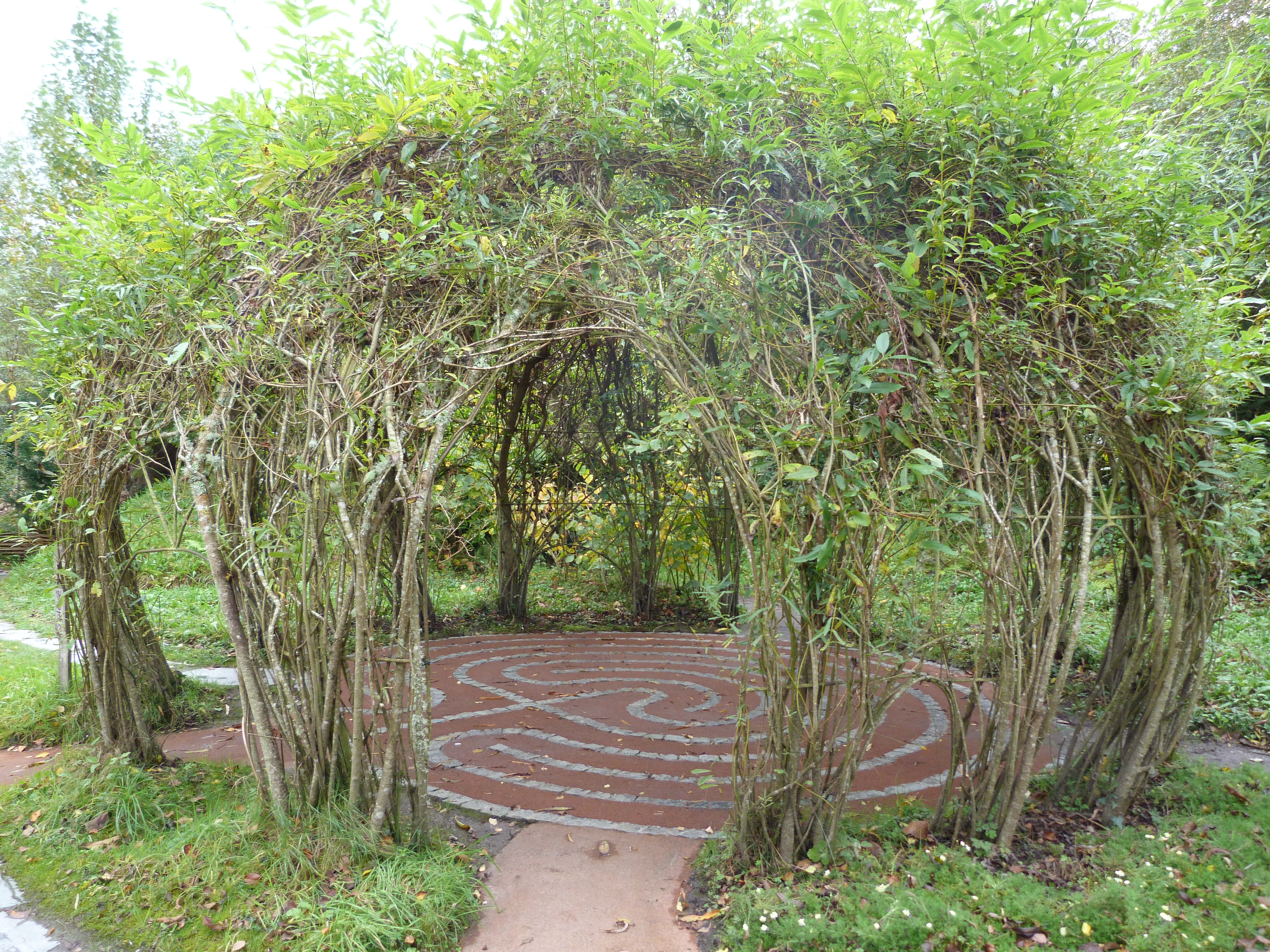 Images About Garden Labyrinth