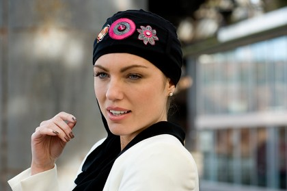 Foto del turbante Yanna Black Flamingo