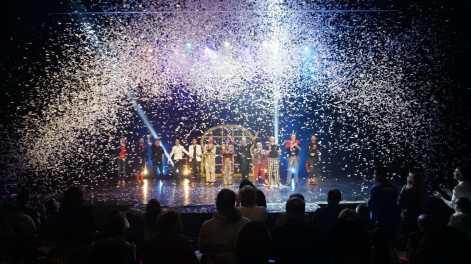 Final confettis fx concept thibault chiale