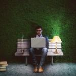 Blogger sau scriitor – Doi într-unul