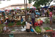 Vendors along Circular Railwawy route.