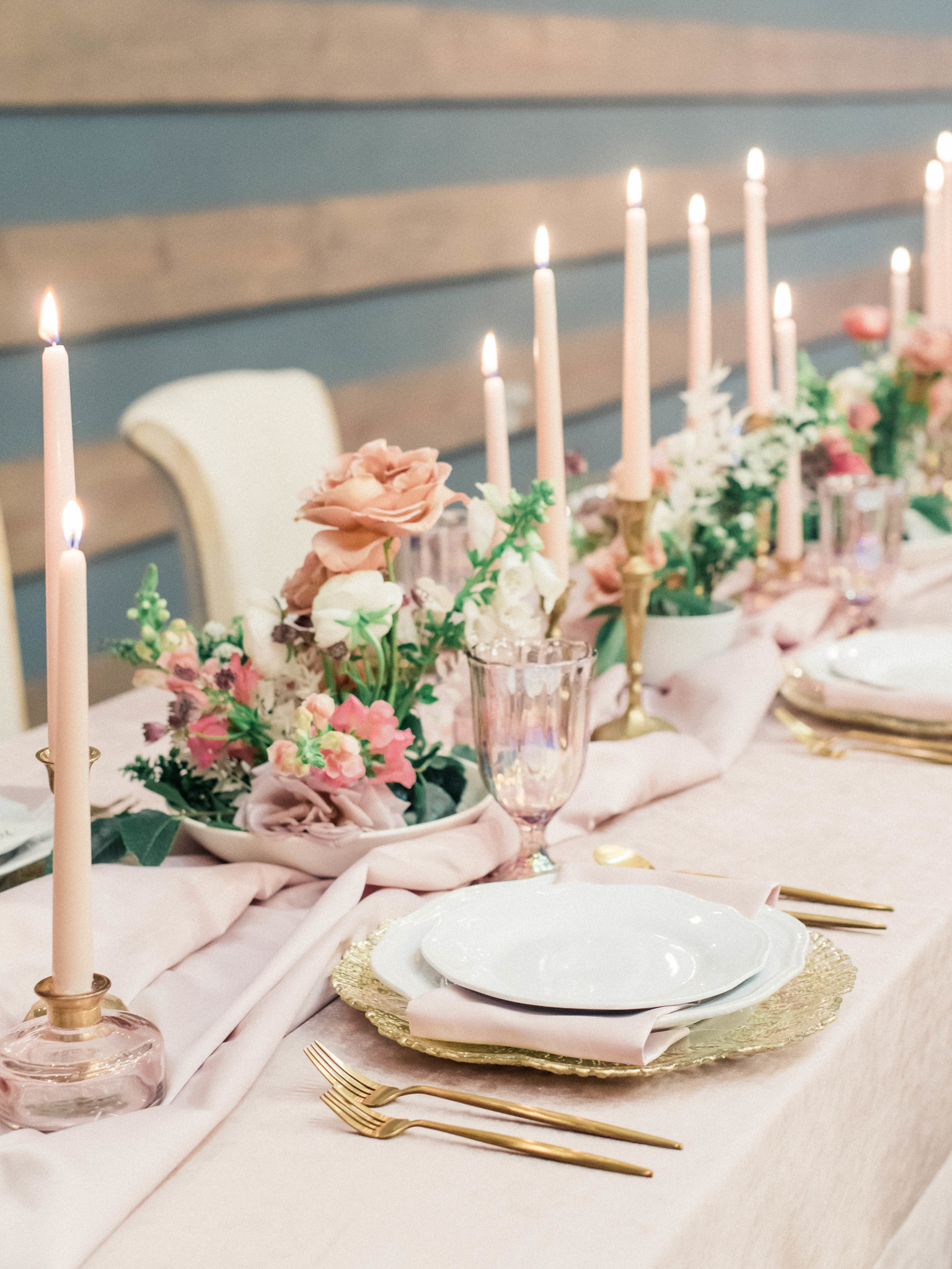 Candle wedding centerpieces: Whimsical mauve wedding inspiration on Alexa Kay Events. See more romantic wedding ideas at alexakayevents.com!