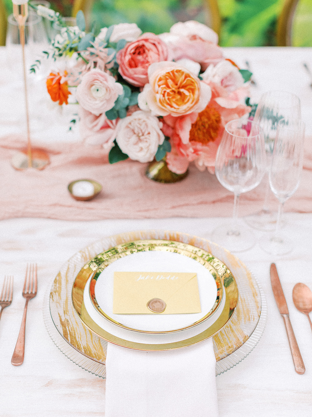 Wedding place setting: Beach Wedding Inspiration | Dominican Republic