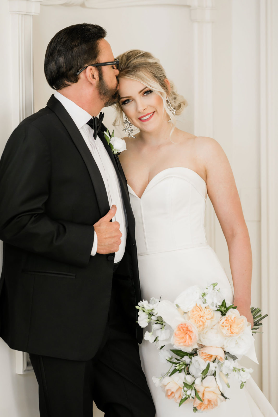 Wedding Portrait: Sophisticated and Chic wedding inspiration on Alexa Kay Events