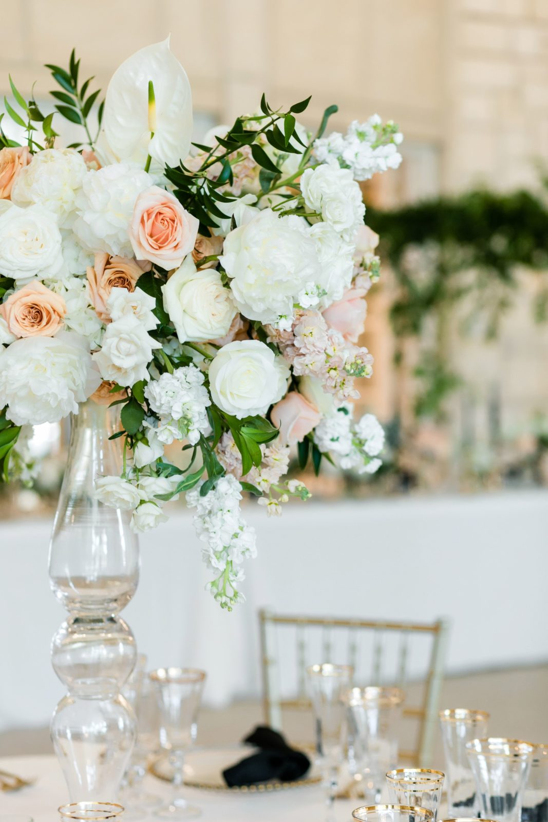 Peach and white wedding centerpieces: Sophisticated and Chic wedding inspiration on Alexa Kay Events