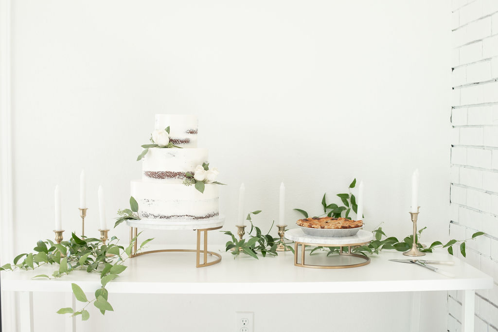Wedding cake and dessert table: Modern Minimalistic Wedding at The Emerson