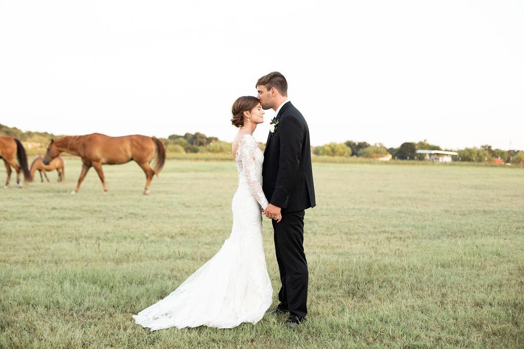 Fort Worth Wedding Photographer: Modern Minimalistic Wedding at The Emerson