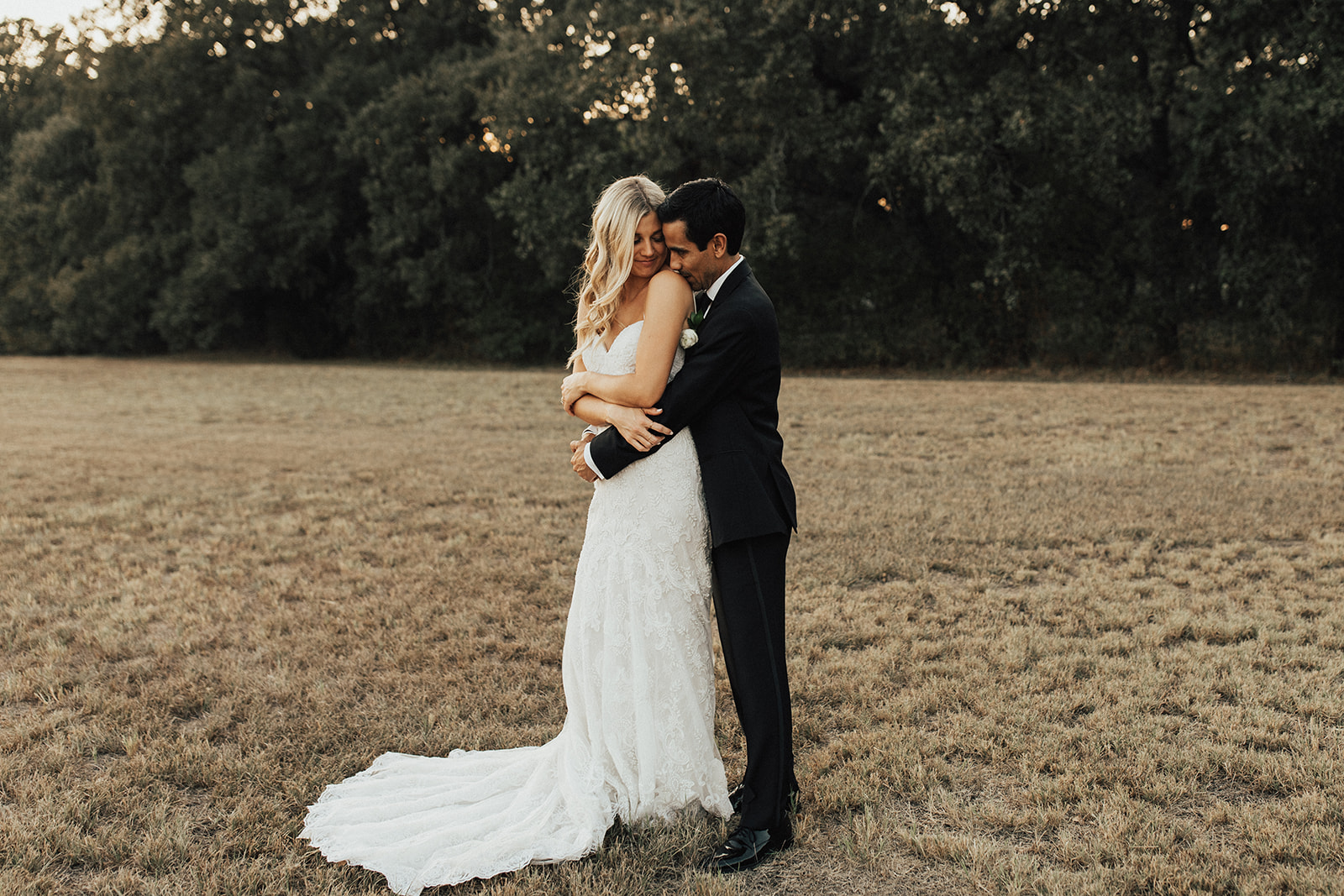 Dallas Fort Worth Wedding Photographer Lauren Nicole