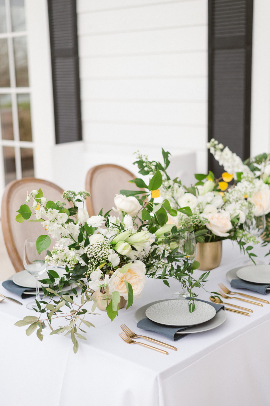 Alba Dahlia Floral Wedding Centerpieces