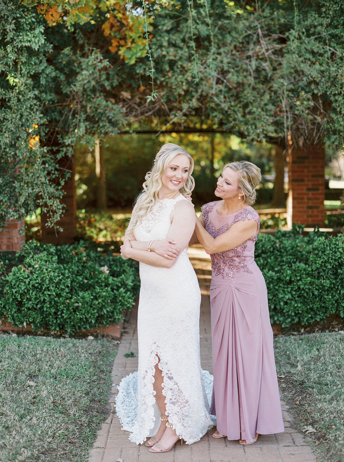The Lockharts DFW Wedding Photography